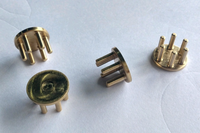 The latest batch of electrodes. This simpler design will allow us to design electrodes in the future that are retro-compatible with your Mindset.
