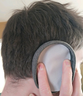 2nd version: conductive fabric against the outside fo the ear