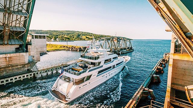 📍Bras d'Or Lakes, Cape Breton . . . . . #yacht #motoryacht #yachting #boat #boating #charteryacht #boatlife #yachtlife charterboat #lake #bridge #westport #love #life #awesome #amazing #luxury #canada #novascotia #view #sky #ocean #blue #sun #fun #vacation #travel #travelgram