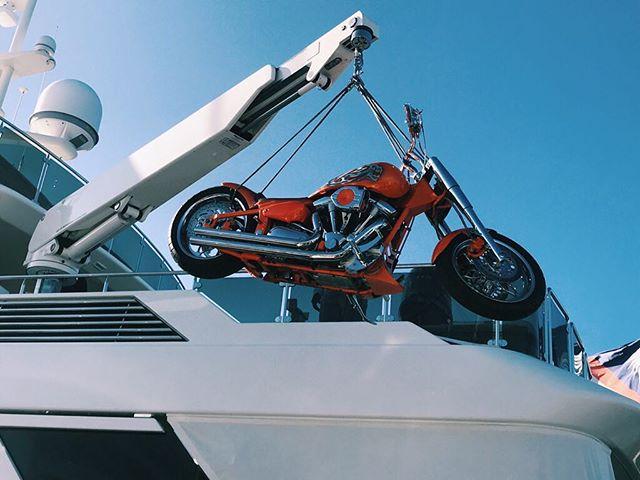 Hoisting up some toys . . . . . #yacht #motoryacht #yachting #boat #boating #boatlife #yachtlife #charter #charterboat #charteryacht #westport #luxury #awesome #amazing #travel #vacation #motorcycle #motorcycles #motorsports #bike #motorbike #crane #davit #toys #luxurytravel