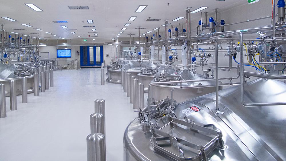 Industria Farmacéutica - La actividad de los laboratorios de producción medicinal requiere que sus conductos de aire se encuentren limpios y estériles constantemente. En general, con el cambio de campañas y durante las paradas de plata, la higiene del sistema de aire es imprescindible.