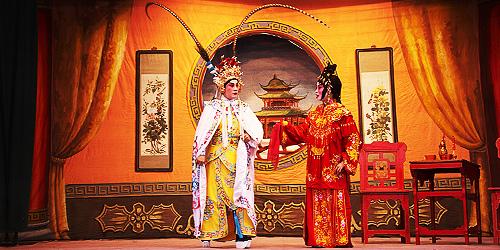5 Cantonese opera.jpg