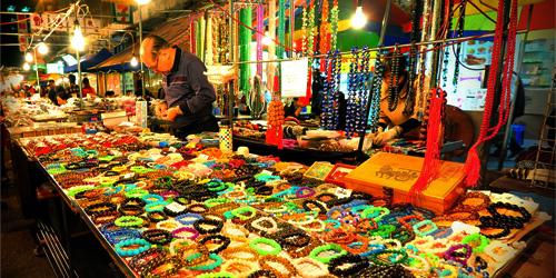 Temple Street Night Market.jpg