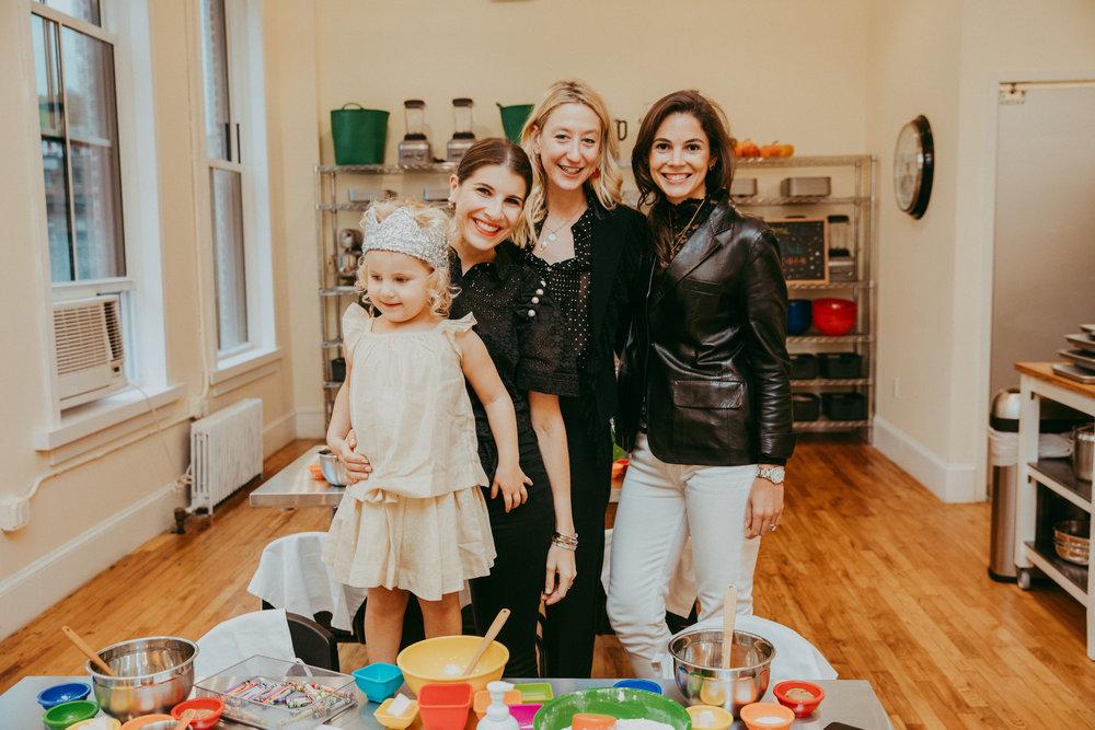 Gemma, Rachel, Jill & Tiana hanging out at Tastebuds Kitchen