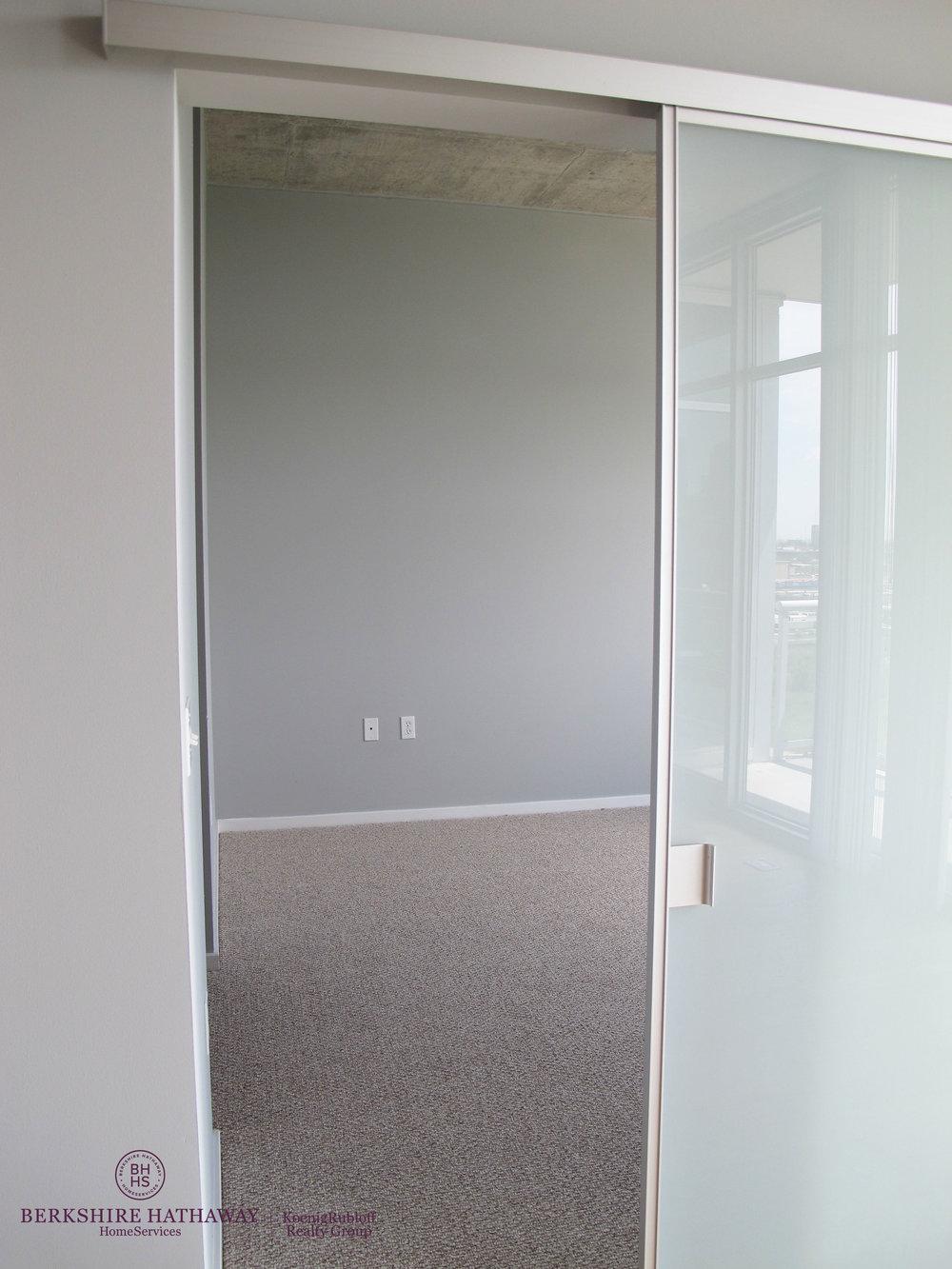 Sliding Door.jpg