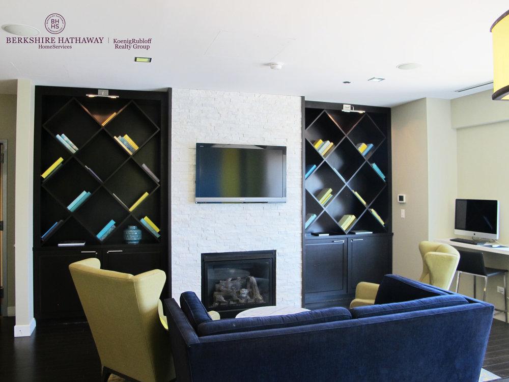 zResident Lounge.jpg