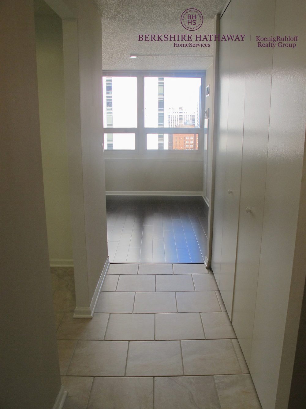 Walkway - Hardwood Floors.jpg