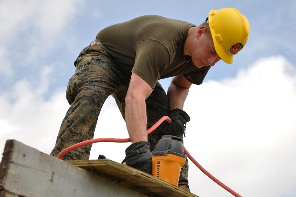 worker-635755_960_720.jpg