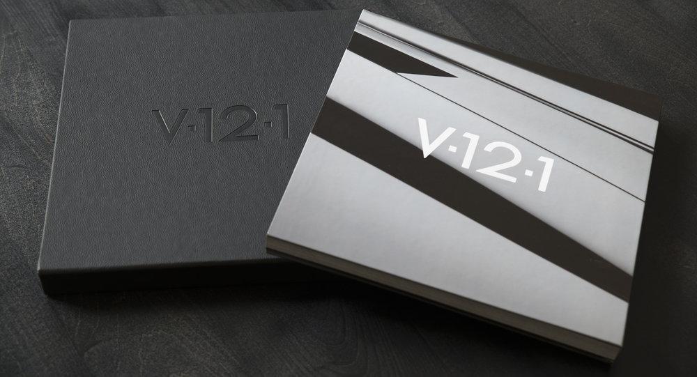 BookAndSlipCase-B-BG-V-12-1.jpg