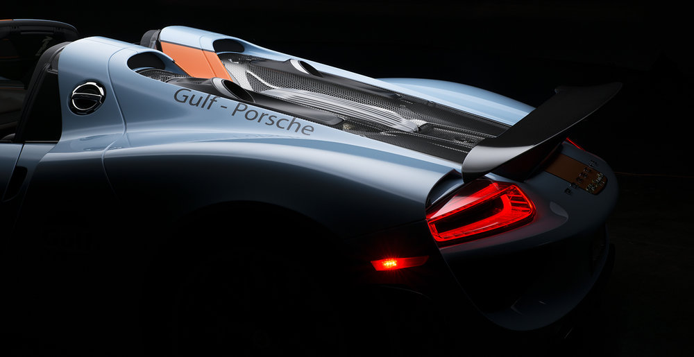 918Rear3QEngine1Crop2.jpg