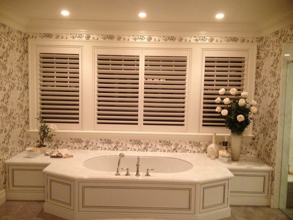 Hunter Douglas Heritance Hard Wood Shutters