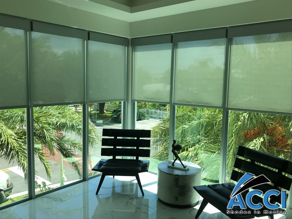 Lutron 3% Triathlon Battery Operated Roller Screen Shades
