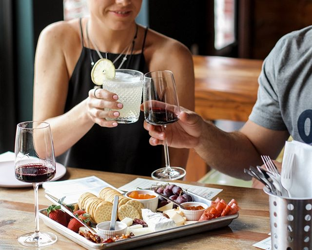 Cheers to Fridays and cheese boards like this!⠀⠀⠀⠀⠀⠀⠀⠀⠀ ✦ Open TODAY {4PM-12AM} ✦⠀⠀⠀⠀⠀⠀⠀⠀⠀ 📷: @mintlanestudio⠀⠀⠀⠀⠀⠀⠀⠀⠀ .⠀⠀⠀⠀⠀⠀⠀⠀⠀ #wine #winetasting #winery #wineclub #winebar #drink #drank #food #spring #anatomywineclub #weekendvibes #okc #oklahoma #plazadistrict #cocktails #friends #besties #girlfriends #wineblog #foodblog #vino #wino #wineconnoisseur