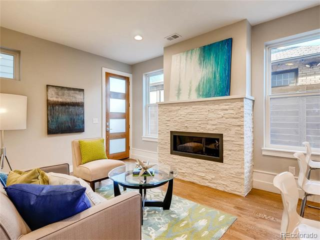 558 Madison - $714,9001/2 DuplexCherry Creek North2,092 sqft4 beds, 5 bathsAttached GarageKiller Rooftop DeckAwesome Atlanta Transplant