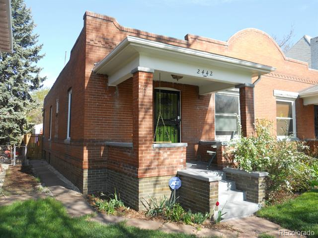 2442 Lafayette - $346,5001,575 sqft2 beds, 2 bathsHappy NewlywedsMidwest MoversWhittier BossesEstablished Garden (possibly eaten by squirrels)