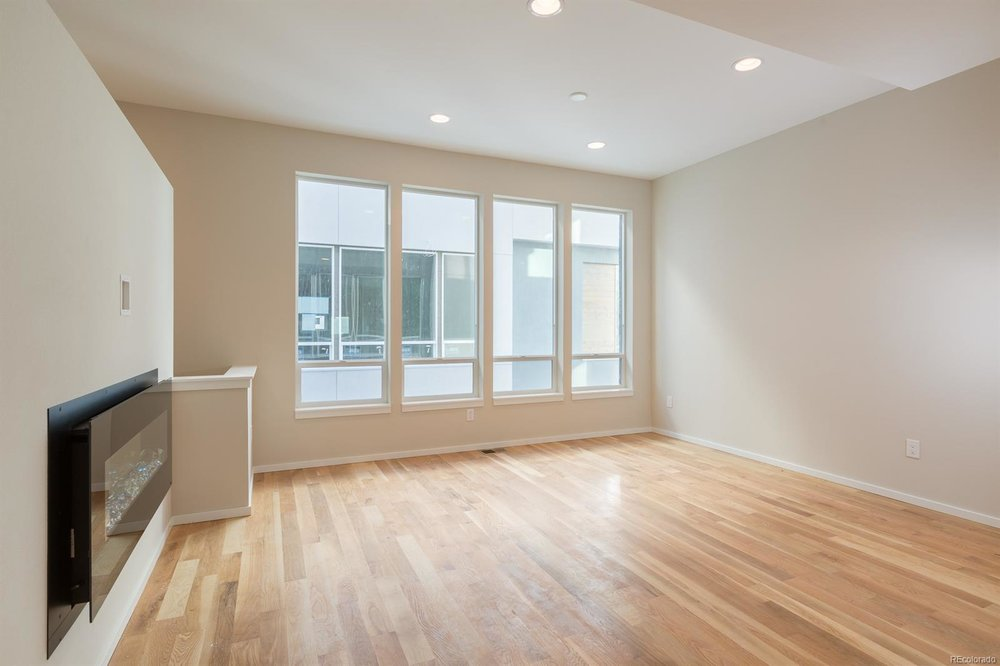 3252 Federal Blvd - $436,3001,282 sqft2 beds, 3 bathsRooftop Views for DaysProbably the Nicest People You'll Ever MeetFirst Time Home BuyersHip Hop Fireplace