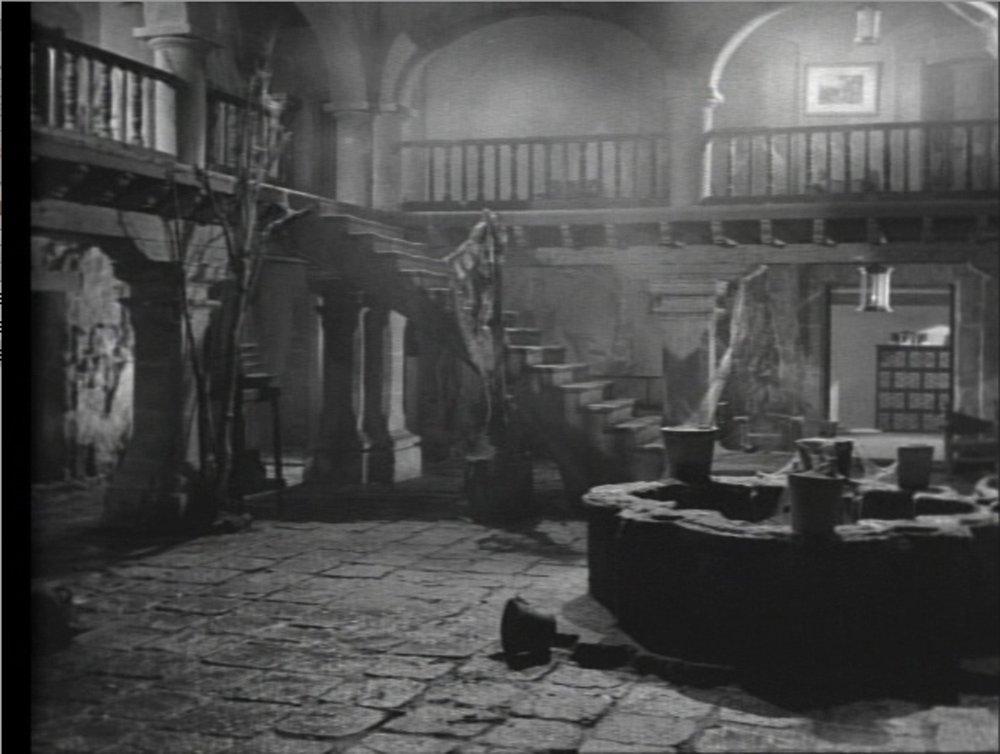 4-1 El Vampiro hacienda.jpg