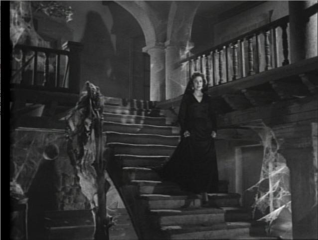 El Vampiro (haunted interior).jpg