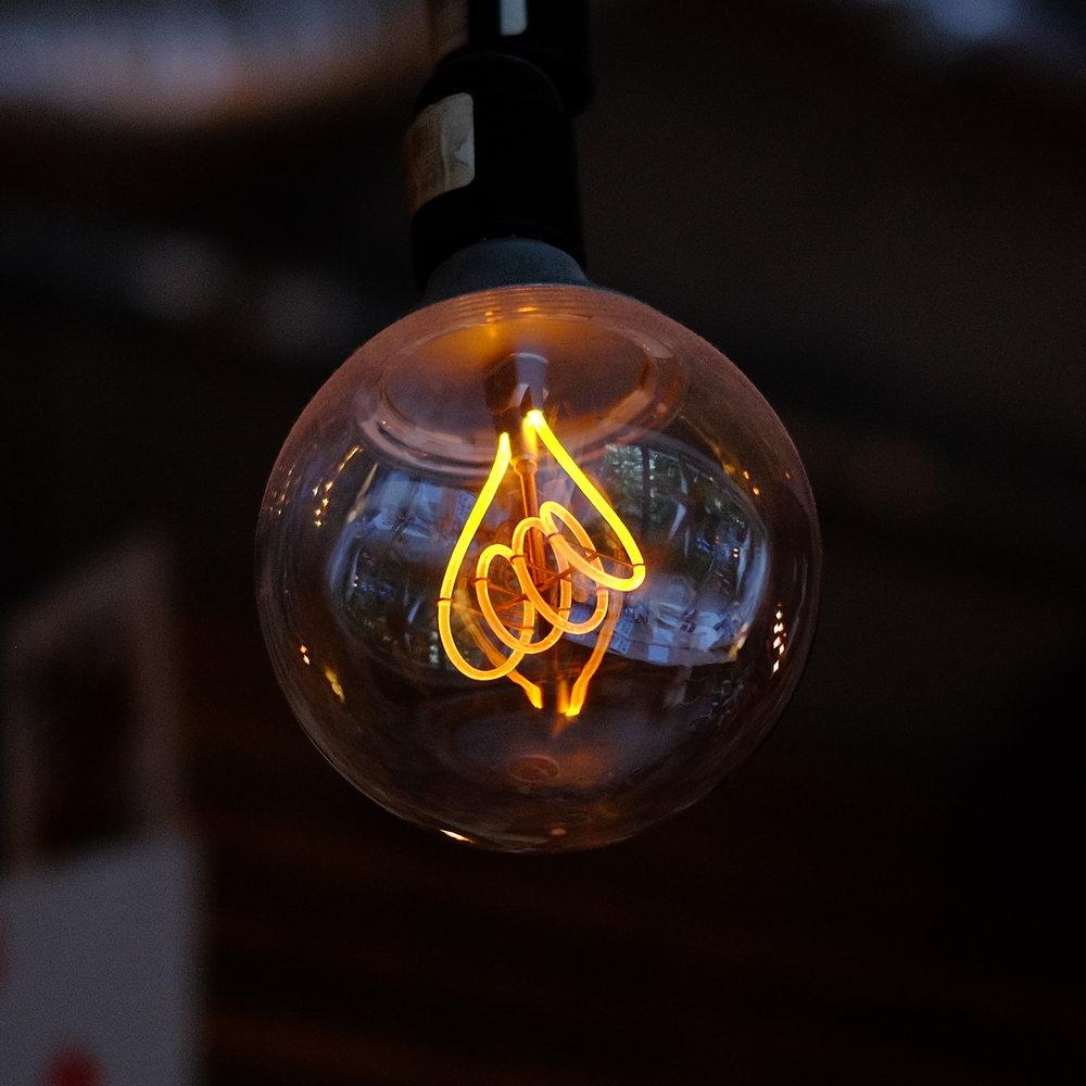vintage_lightbulb.jpg