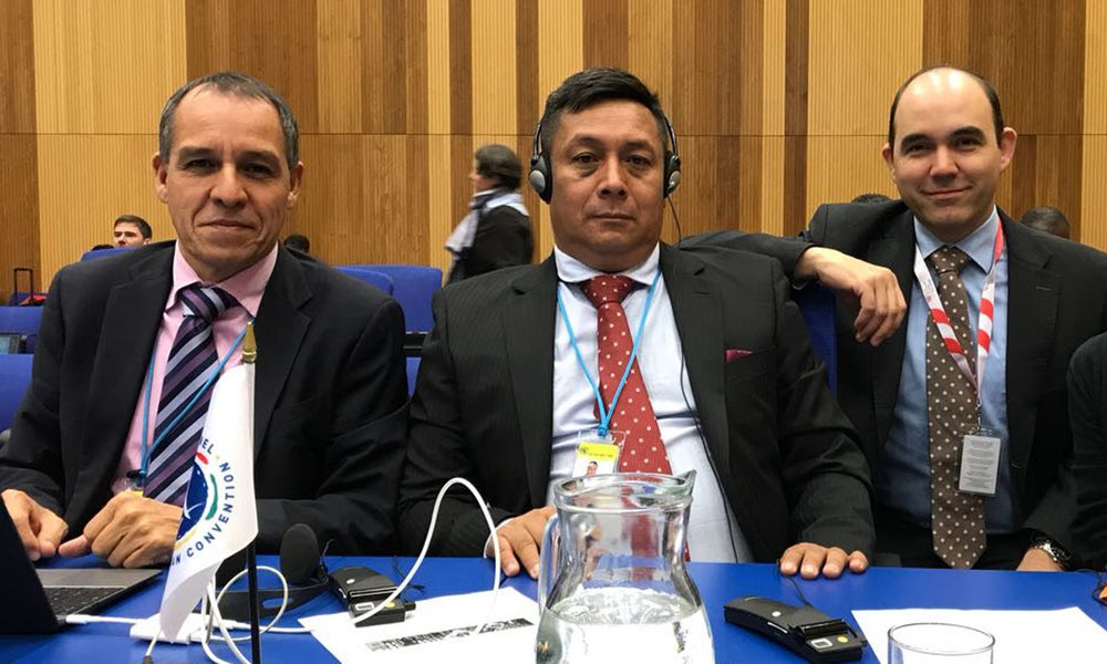 Adelmo, center, attends the Sixteenth Meeting of the States Parties with the support of HI and Polus Center, Dec 18-21, 2017 | Vienna, Austria