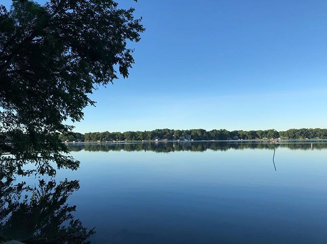 Reporting in from the lakeside on this cool and calm Tuesday morning...here's to fresh, mind clearing, intension setting moments and to a productive day-before-the-holiday! 💙💥❤️ . . . . #happytuesday #gogetit #calm #clear #cool #lakemonona #madisonwi