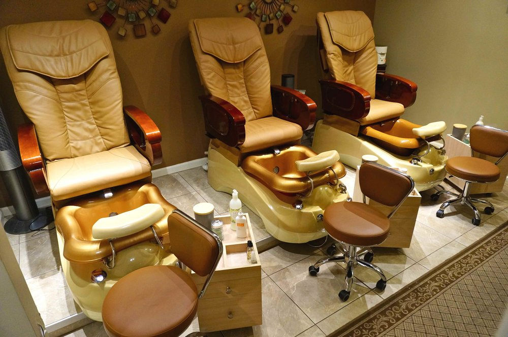 pedicure_room.jpg