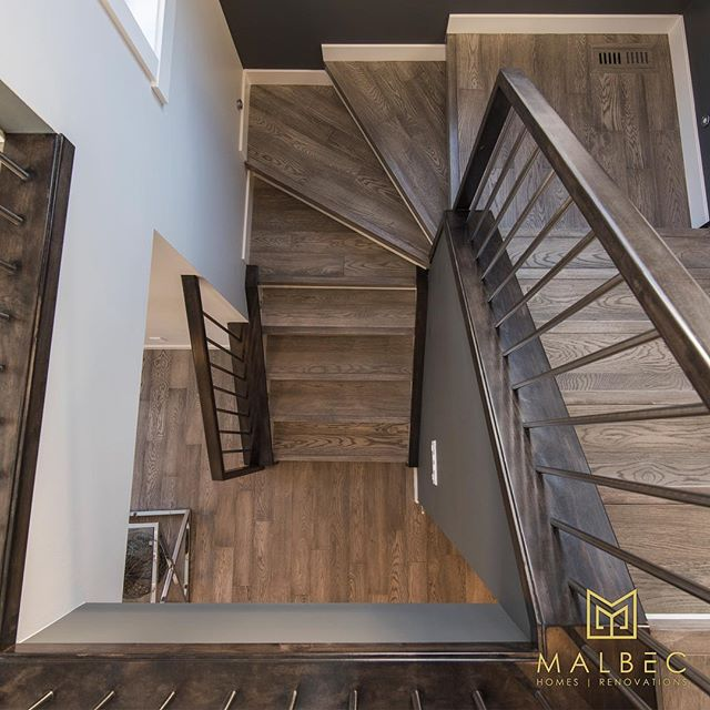 Working with Malbec Homes and Renovations means building custom and getting exactly what you want in your home. We work with you to bring your style and vision to life, from the floor to the light fixtures and every detail in-between. Call 403-999-1900 and get a free consultation today. #malbechomes #customrenovations #yycliving #luxurycalgary #creatingstunningspaces