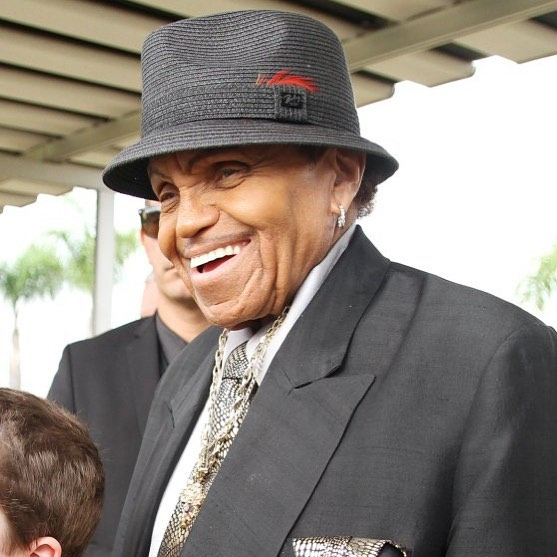 R.I.P. Joe Jackson. Thank you for your light and for giving the world inspiring people/artists to model. Rest Well King!
