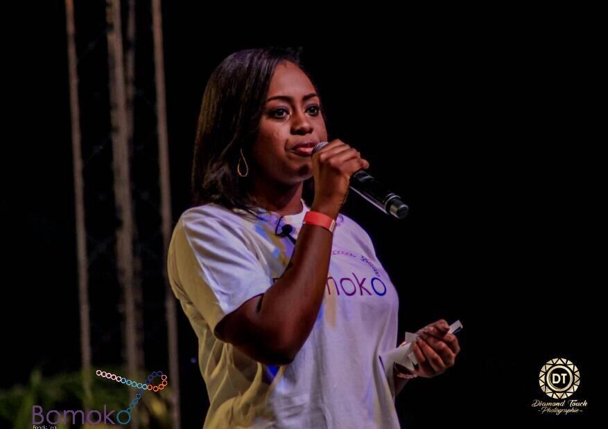 La fondatrice - Melissa Sharufa est une Congolaise (RDC) avec un diplôme de Finances de l'Université Catholique du Congo. Indépendante et déterminée, elle poursuit sa carrière professionnelle « dans l'ombre » en combinant des activités entrepreneuriales et des prestations en consultance dans le marketing et surtout dans l'événementiel.