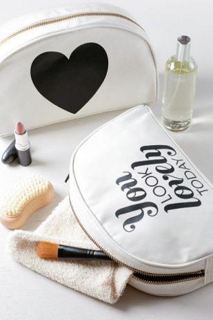 FWSBEAUTYCHALLENGE-Inspiration-July-Week-1-Beauty-Bag-Favorites-White.jpg