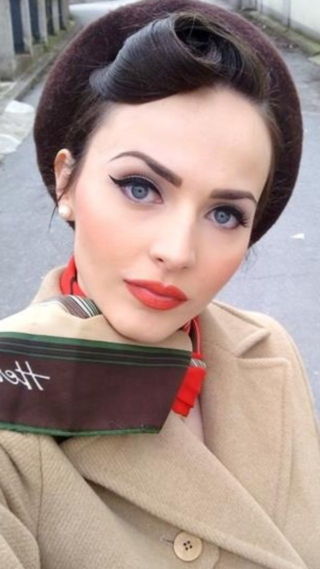 FWSBEAUTYCHALLENGE-Inspiration-July-Week-2-Vintage-Betty-Winged-Liner.jpg