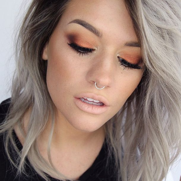 FWSBEAUTYCHALLENGE-Inspiration-July-Week-3-Orange-Eyes.jpg