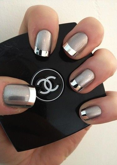 FWSBeautyChallenge-Inspiration-Week4-High-Shine-Metallics-Nails.jpg