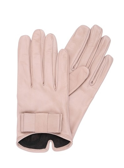 Friday-Five-Scream-Queens-Style-Lady-Gloves.jpg