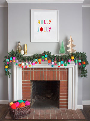 Weeked-Reading-Vol-20-Oh-Happy-Day-DIY-Paper-Advent-Calendar.jpg