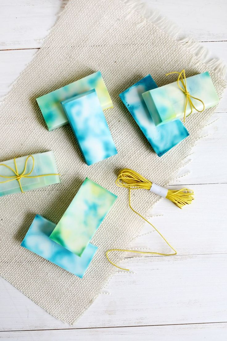 Friday-Five-5-Pinterest-DIY-Soap-3.jpg