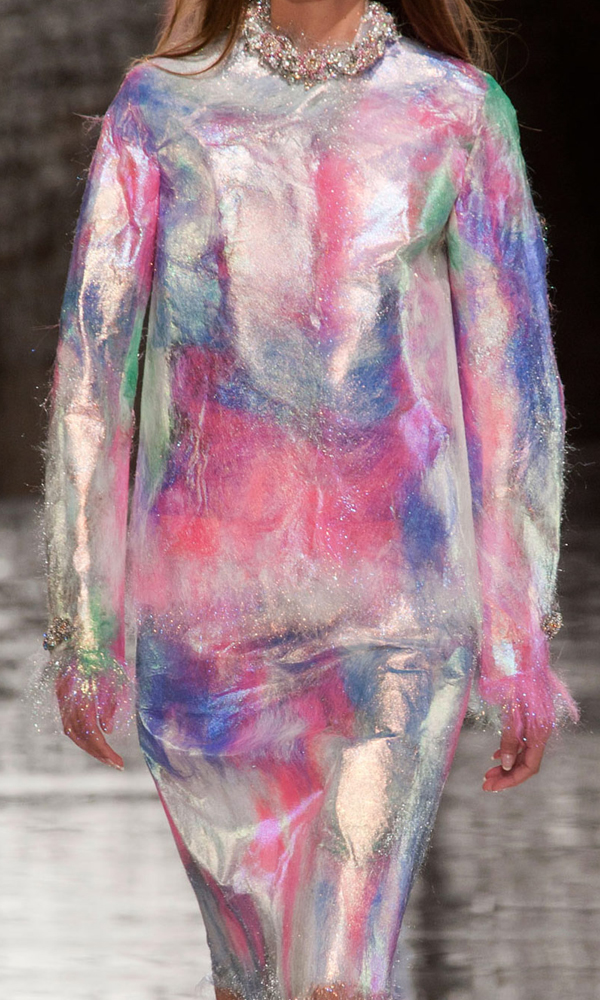 Friday-Vibes-Pretty-Shiny-Things-Christopher-Kane-Candy-Floss