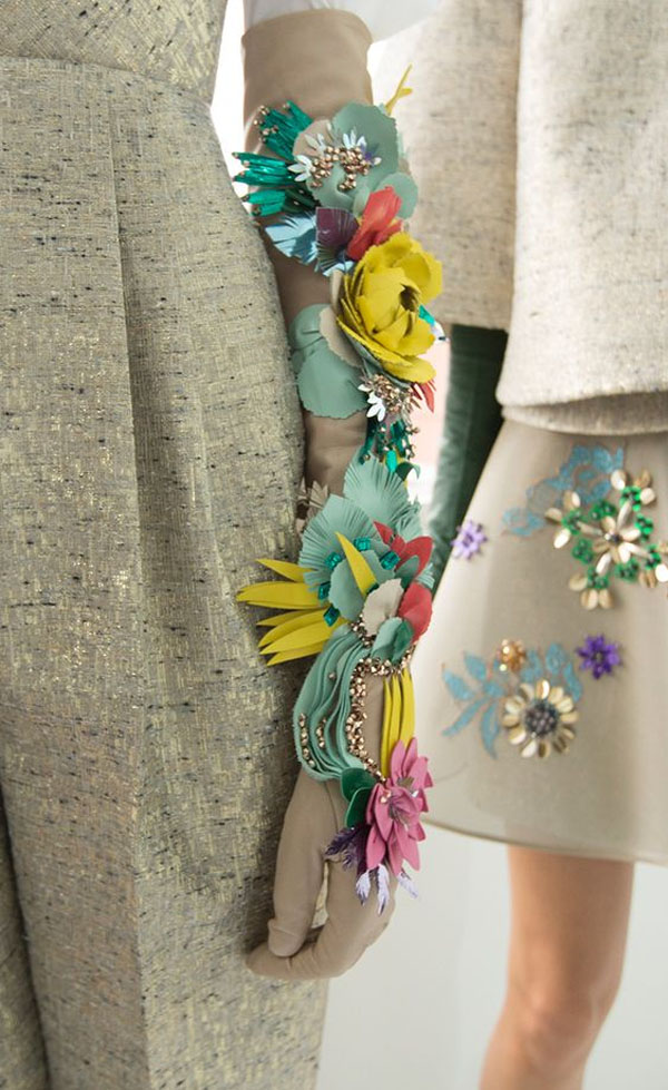 Friday-Vibes-May-Flowers-Delpozo-Fall-16