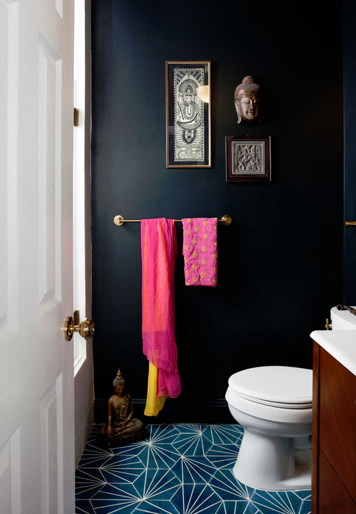 Friday-Vibes-Paint-It-Black-Bathroom-Wall