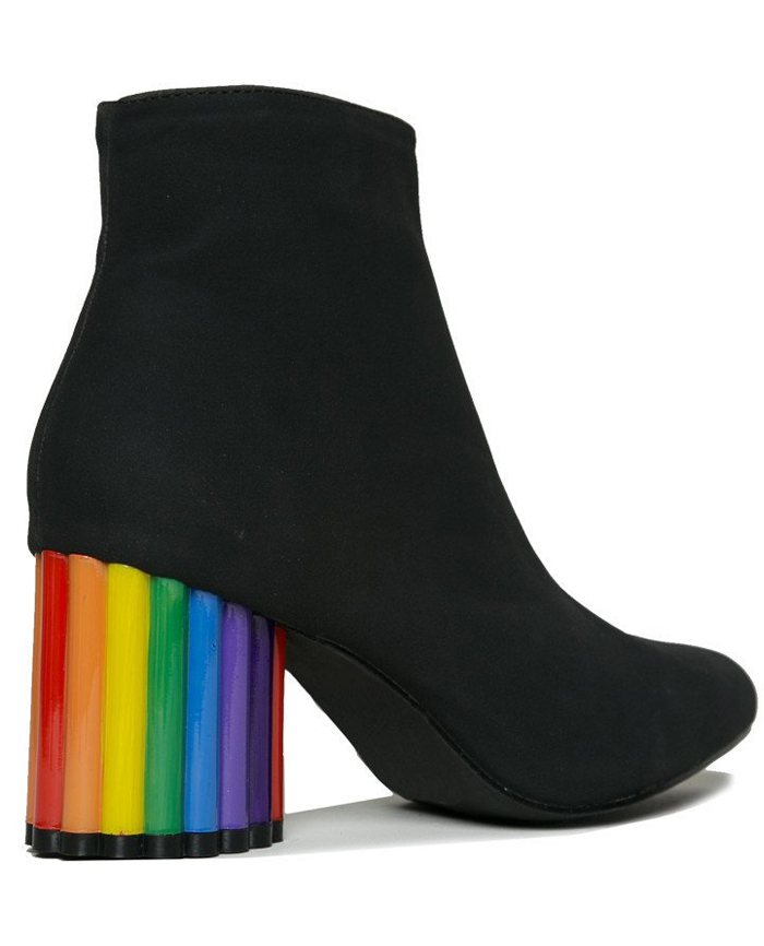 Friday-Vibes-Rainbow-YRU-Boots