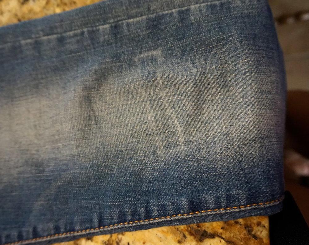 DIY-Ripped-Jeans-Puckers-Pumps-Blog3.jpg