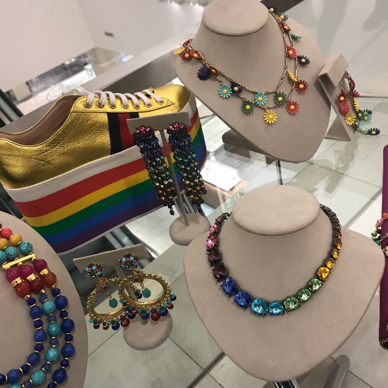 rainbow-jewerly-accessories-puckers-and-pumps