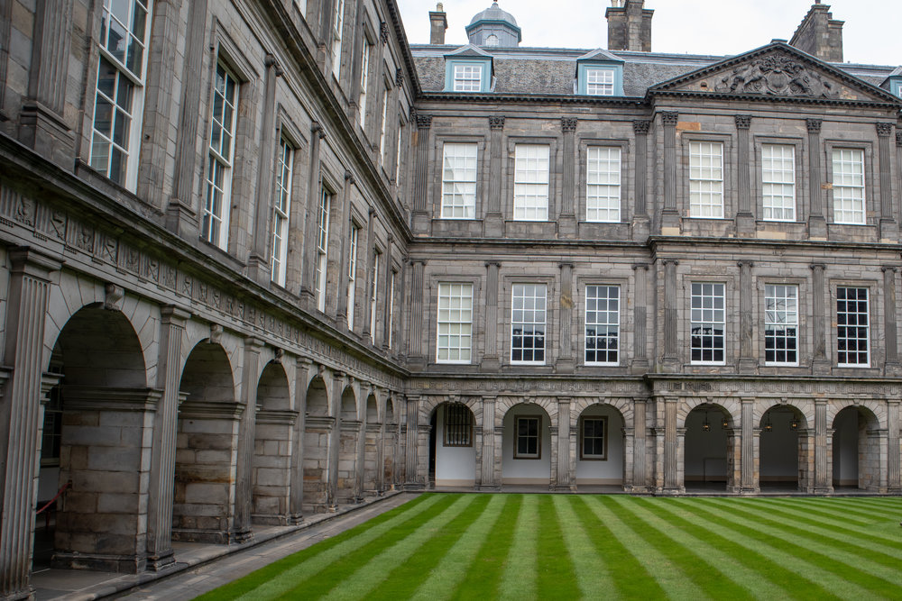 The Palace of Holyroodhouse in Edinburgh, Scotland. Read how to save money on your trip to Edinburgh! | MissFunctional Money