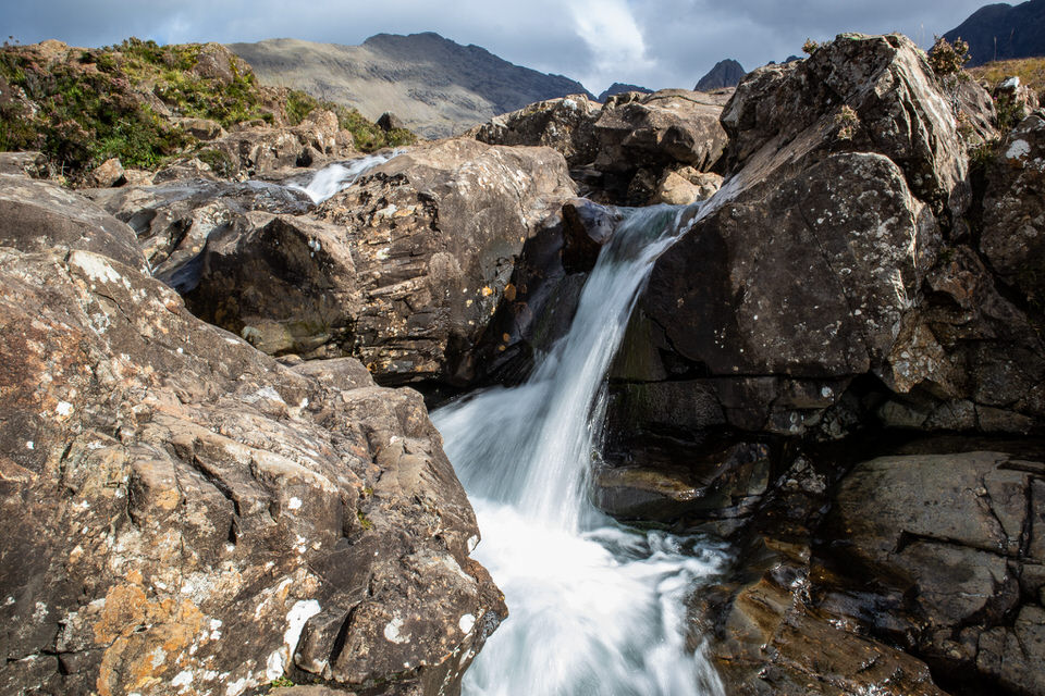 Fairy Pools on Isle of Skye, Scotland | MissFunctional Money #honeymoon #travel #scotland
