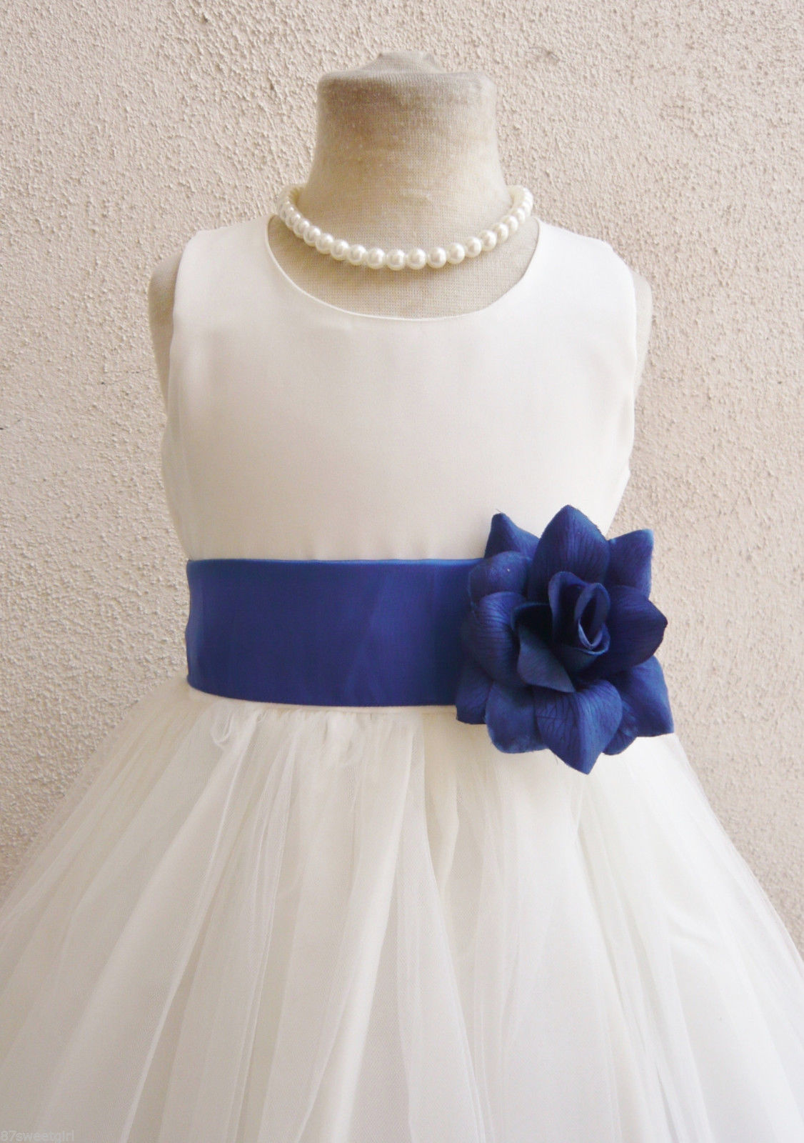 ee3fc7d401a Simple Tulle style Flower girl dress — HMF