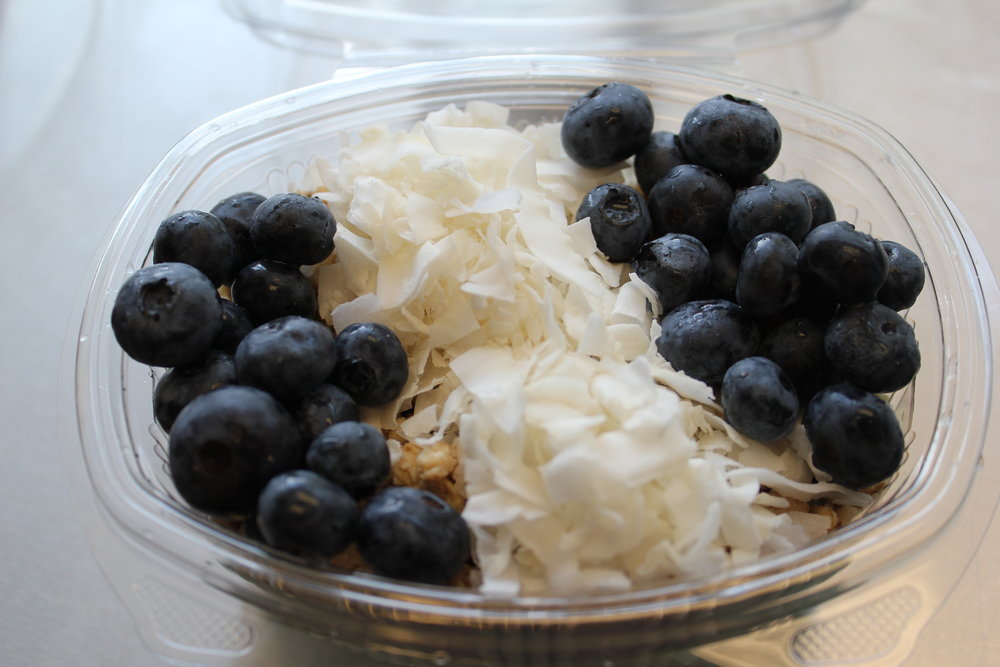 THE BIG BLUE - Blue Majik, Coconut Water, Pinapple, Banana, Granola, Coconut Chips, and Fresh Blueberries