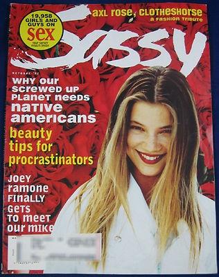 ac16a380659986e38080ecb1a326f3c4--sassy-magazine-amy-smart.jpg