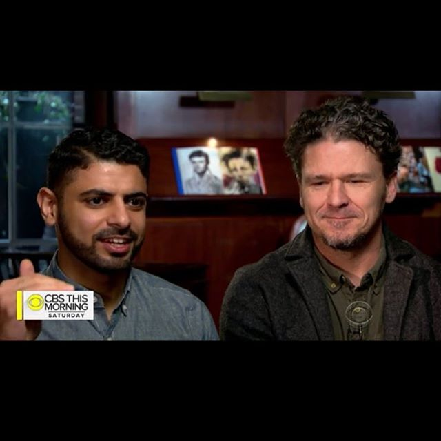 @cbsthismorning featured ✨Dave and Mokhtar ✨ talking coffee and THE MONK OF MOKHA today. If you missed it or need to watch it again and again, check the link in bio! #coffee #coffeetalk #daveeggers #mokhtaralkhanshali #portofmokha #books #author #tv #interview #nonfiction #truestory #bookstagram #✨