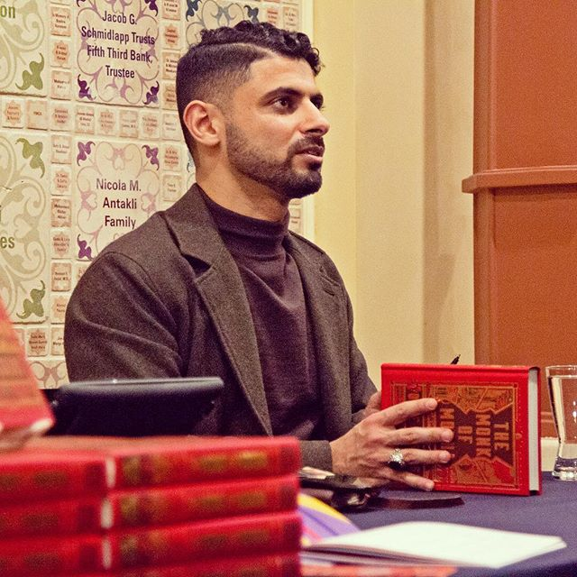 Throw back (Wednesday) to last week's amazing events with Mokhtar at @arabamericanmuseum #themonkofmokha #daveeggers #mokhtaralkhanshali #arabarmerican #dearborn #michigan #booksigning #author #booksofinstagram #nonfiction #truestory #coffee #thirdwavecoffee