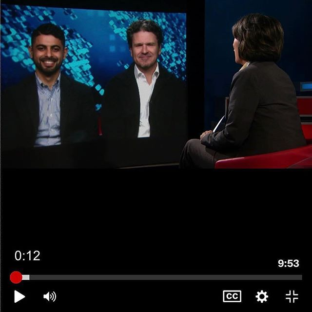 Thank you @cnn and @camanpour for helping to bring Mokhtar's story to the 🌏 on 📺! [link in bio] for this terrific interview with Dave and Mokhtar. #daveeggers #themonkofmokha #mokhtaralkhanshali #cnn #coffee #thirdwavecoffee #yemen #interview #tv #books #author #nonfiction #truestory